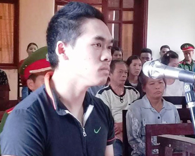 Sát thủ Đinh Thanh Hòa trước vành móng ngựa.