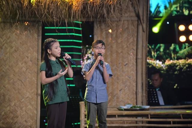 Đức Vĩnh - Quỳnh Anh cảm xúc với bản mashup ca khúc Duyên phận - Năm 17 tuổi.