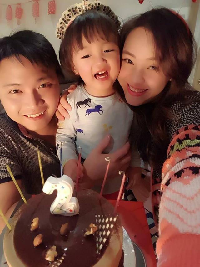 """Bà mẹ Việt ở Úc và chuyện không tập cho trẻ đi vệ sinh sớm """"gây bão"""" mạng"""