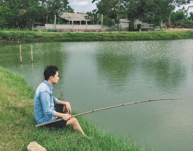 Vì yêu hot girl này mà Phan Mạnh Quỳnh phải về quê ở ẩn