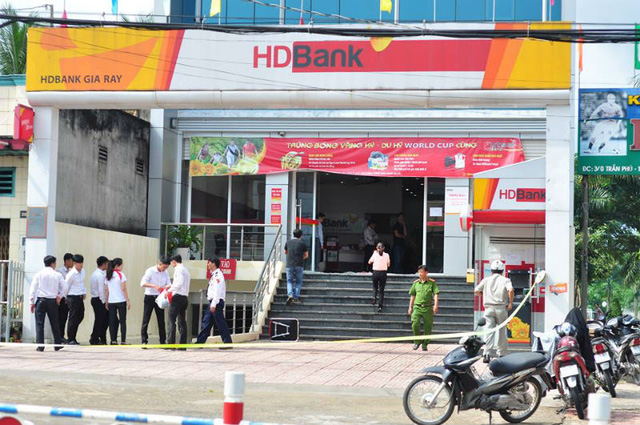 Ngân hàng HD bank chi nhánh Gia Ray bị cướp táo tợn.