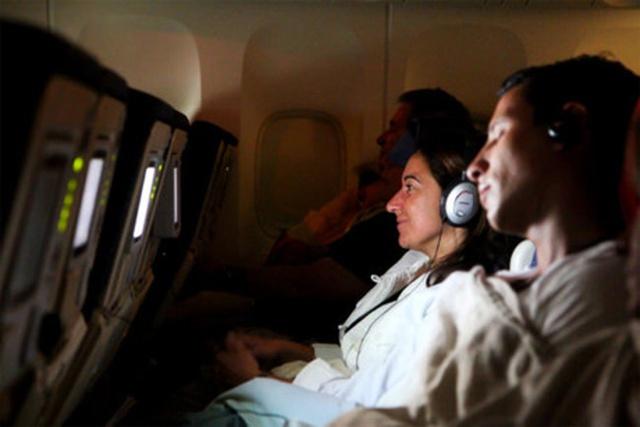Phi công có thể ngủ khi đang bay