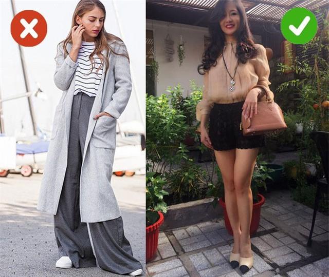 Hồng Nhung khéo chọn chiếc quần sooc dáng ôm gọn để kết hợp với chiếc sơ mi dáng thụng
