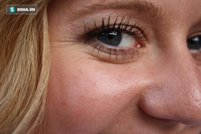 8 lý do không ngờ khiến phụ nữ già nhanh hơn tuổi thật - Ảnh 1.