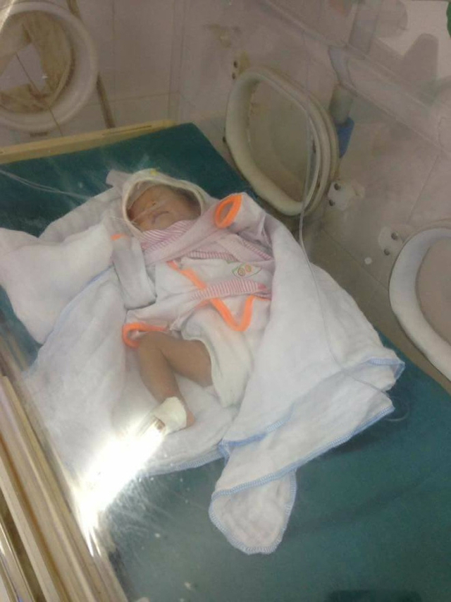 Bé gái sơ sinh bị mẹ bỏ rơi tại BV.