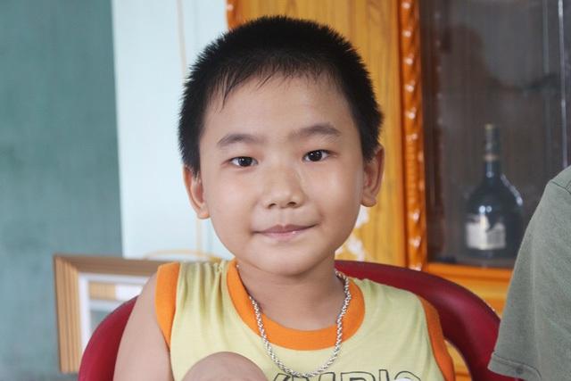Cậu bé Nguyễn Hữu Tiến (thị xã Ninh Hòa, Khánh Hòa) được biết đến với khả năng ghi nhớ đặc biệt