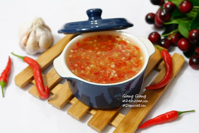 Nước chấm chua ngọt kiểu Thái