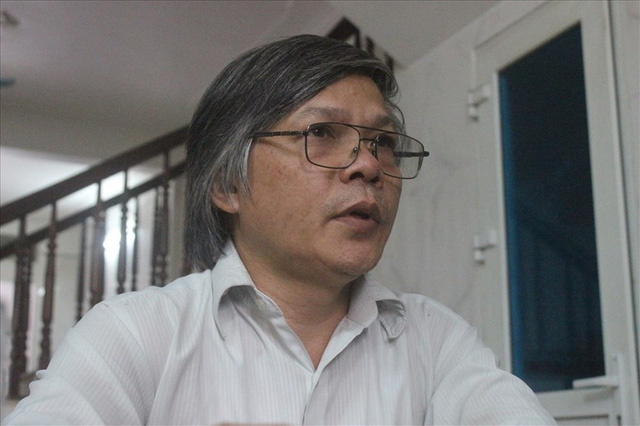 Sau khi làm nên cơn chấn động trong giáo dục, cuộc sống gia đình của thầy Đỗ Việt Khoa đảo lộn.