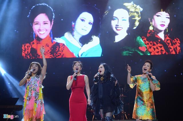 Hà Trần, Hồng Nhung, Thanh Lam, Mỹ Linh (từ trái qua) là những giọng ca được báo chí và người hâm mộ gọi với danh xưng diva nhạc Việt. Ảnh: Anh Tuấn.