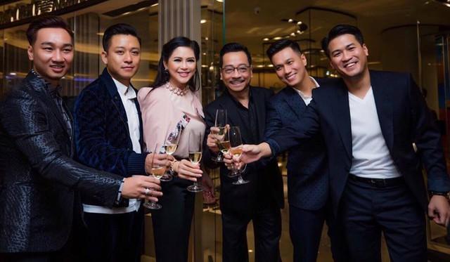 NSND Hoàng Dũng, diễn viên Việt Nam trong một event.