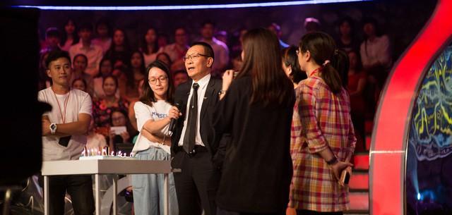 """Nhà báo Lại Văn Sâm chia sẻ về việc chia tay """"Ai là triệu phú"""""""