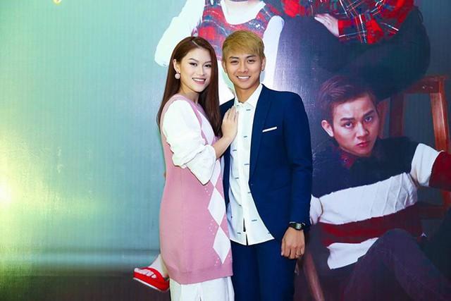 Hoài Lâm và Ngọc Thanh Tâm tại Liên hoan phim Việt Nam lần thứ 20 ở Đà Nẵng