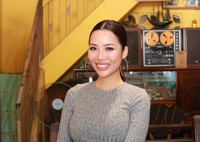 Hiện Kiko Chan là MC của một kênh truyền hình