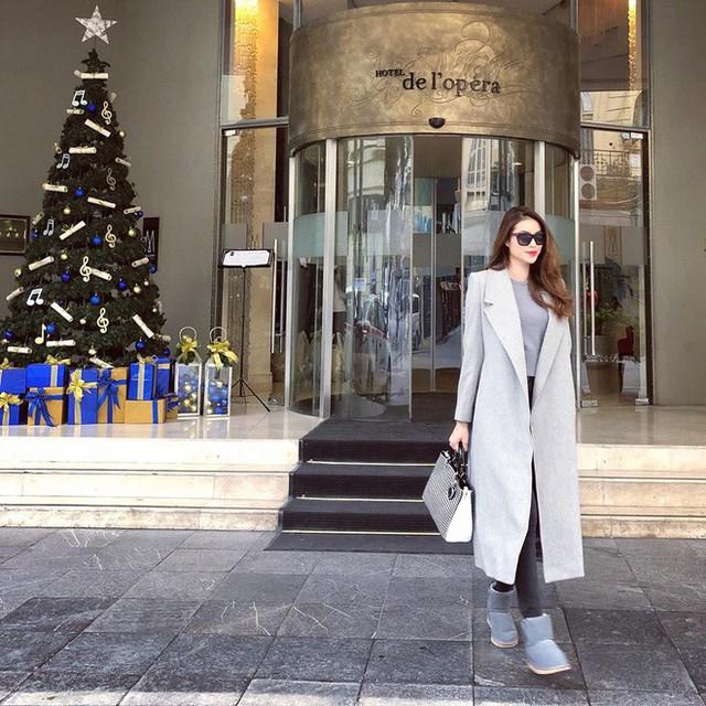 Các người đẹp Việt thời thượng hết nấc khi diện những thiết kế áo khoác quen thuộc của mùa đông