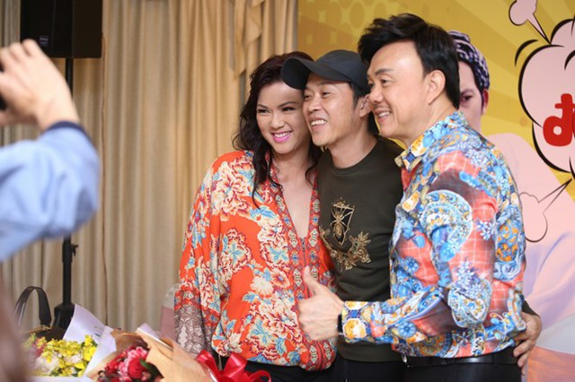 Hoài Linh công bố liveshow cá nhân sau một năm gặp trục trặc