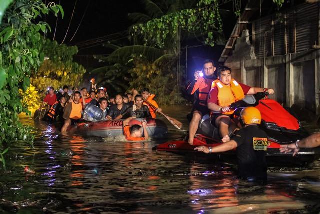 Bão Tembin càn quét Philippines khiến 133 người thiệt mạng