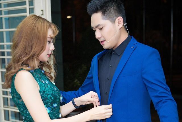 Hồ Bích Trâm và Minh Luân khi tham gia Cặp đôi bí ẩn. Ảnh: BTC.