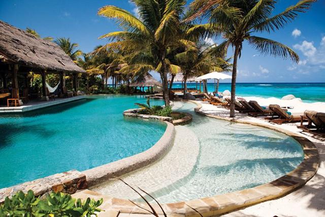 Hòn đảo này được tỷ phủ Richard mua năm 1978 và xây dựng trên đó một khu resort sang trọng và đắt đỏ. Ảnh: Virgin Limited Edition.