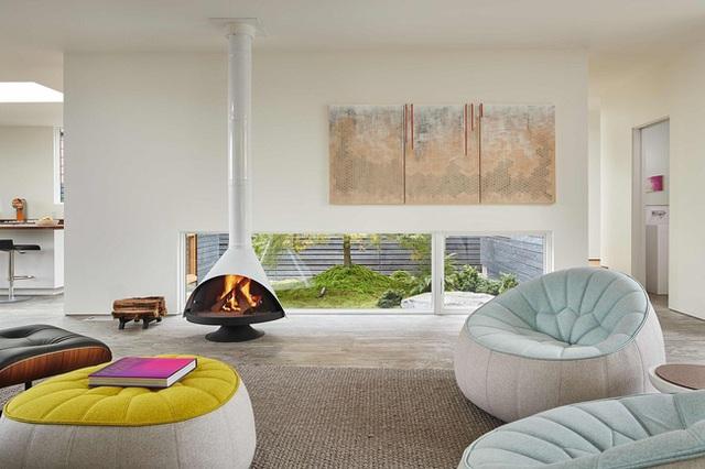 Không gian bên trong được sử dụng nội thất hiện đại.