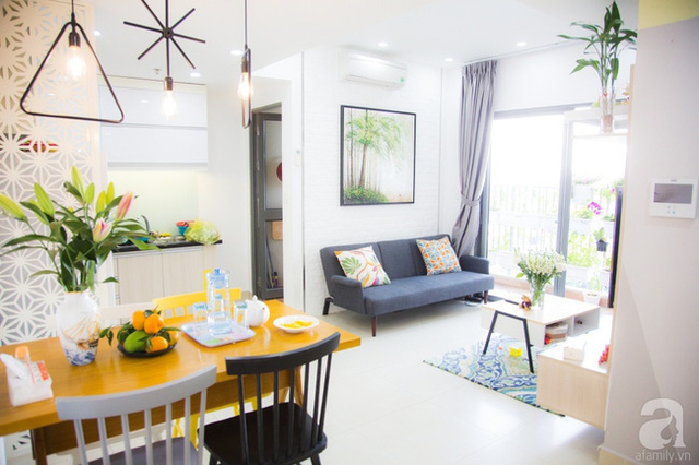 Không gian phòng khách liên thông với nơi ăn uống và nấu nướng. (Ảnh Huy Nguyễn)