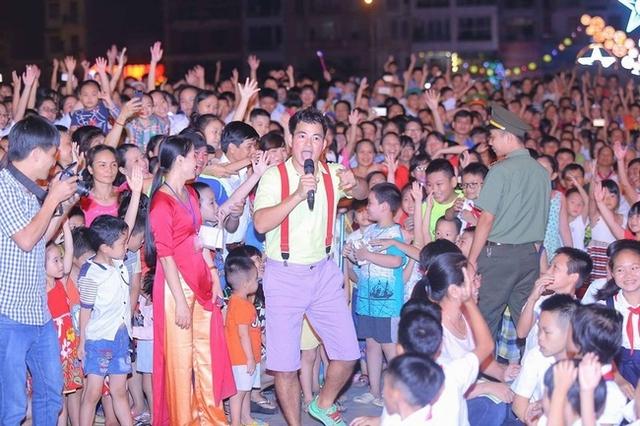 Xuân Bắc là một trong những danh hài nổi tiếng nhất Việt Nam. Anh được khán giả, đặc biệt là các bạn nhỏ rất yêu mến.
