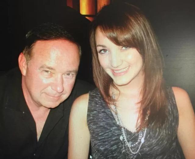 Melissa Trusler và cha của mình.