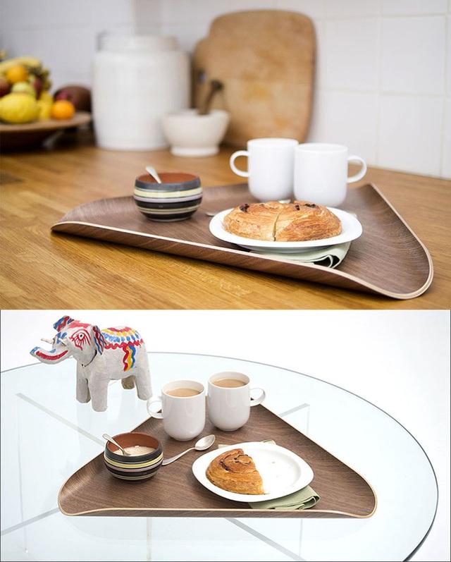 2. Nhờ kiểu dáng thiết kế độc đáo mà mẫu đĩa gỗ đặc biệt được nhiều chị em ưa thích.