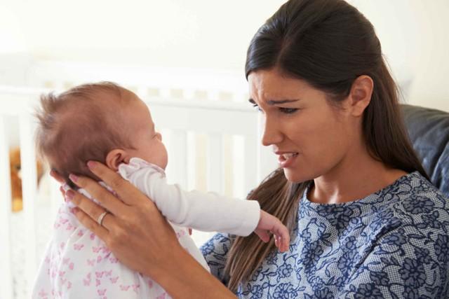 Trầm cảm sau sinh có thể gặp với bất cứ phụ nữ nào sau khi sinh con. Ảnh: RD.