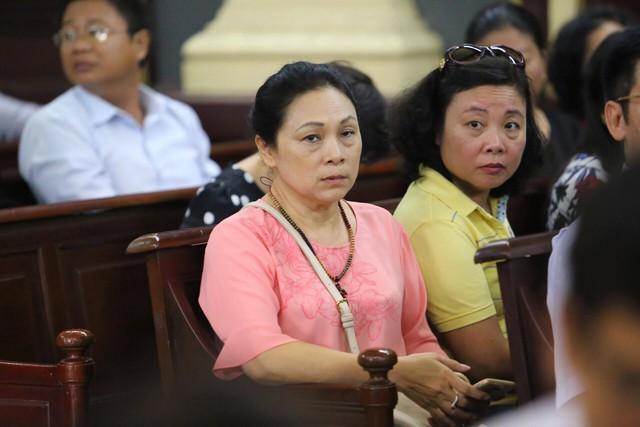 Bà Hồ Mai Phương tại phiên tòa
