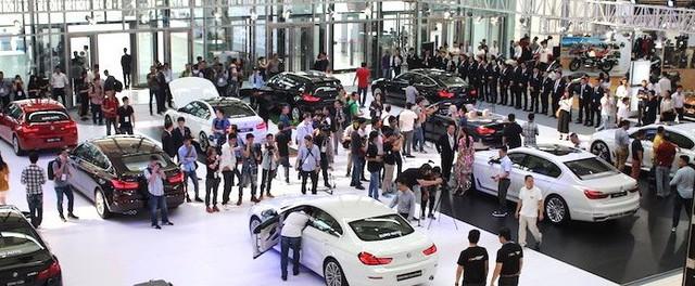 6 tháng đầu năm, tổng số xe sang và siêu sang bán ra đạt khoảng 4.500 chiếc, chỉ bằng 86% cùng kỳ 2016.