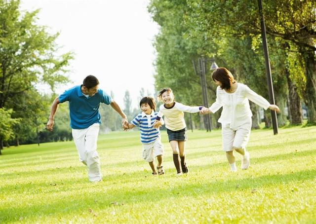Dạo chơi cũng là cách để chữa trị trầm cảm trong hôn nhân. Ảnh minh họa