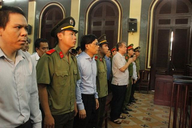 Phạm Công Danh bị tuyên phạt 30 năm tù và buộc phải khắc phục hậu quả của vụ án. Ảnh: Hồ Đông.