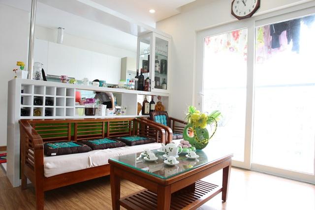 Căn hộ mà Linh Miu mua thuộc tầng 11 của một khu chung cư trên đường Lê Văn Lương, Hà Nội.