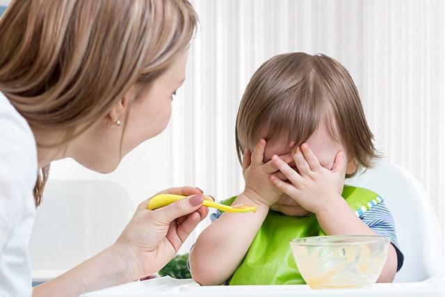Có 3 nhóm nguyên nhân chính khiến trẻ biếng ăn khó điều trị triệt để