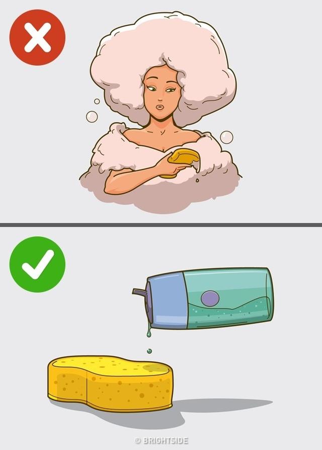 Những sản phẩm này làm giảm lớp dầu bảo vệ tự nhiên trên da bạn, dẫn đến da bị khô, thô ráp. Trong những trường hợp không bắt buộc, bạn không cần sử dụng sữa tắm, gel tạo bọt hàng ngày.