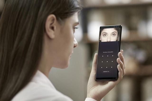 Mỗi người đều có đặc điểm mống mắt khác nhau. Ảnh: technobezz.
