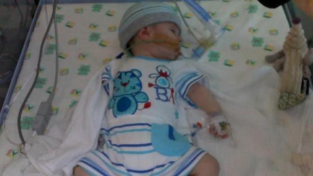 Bé Matthew được phát hiện trong tình trạng mất hoàn toàn ý thức vào hôm 3/11/2011 và ngay lập tức được đưa vào bệnh viện Townsville.