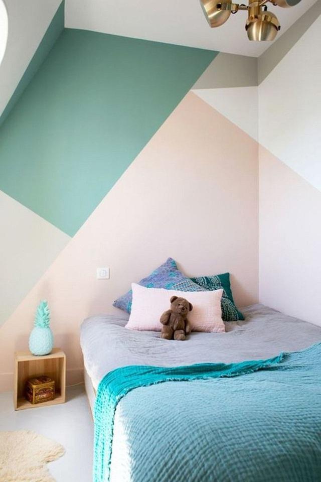 Cuối cùng là kiểu sơn tường chia khối hình học như thế này.