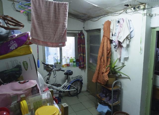 Không gian bếp trước khi cải tạo.