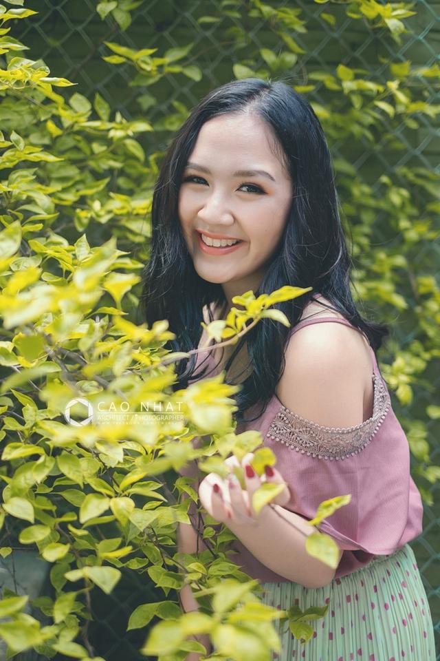 Ngoài đam mê diễn xuất, Hà Anh cũng rất thích múa và hoạt động công tác đoàn, hội trong trường Đại học.