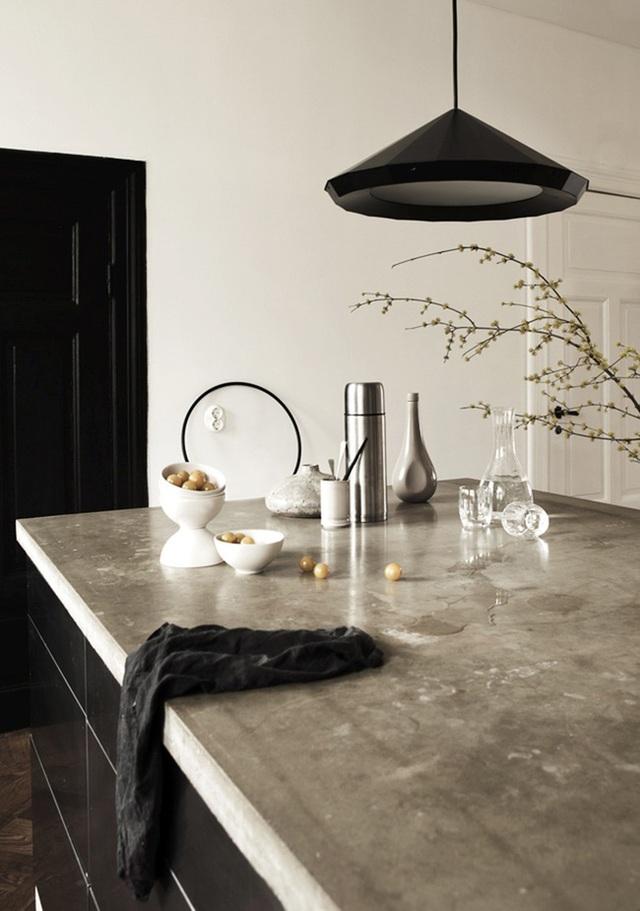 Một đảo bếp bê tông được mài bóng sẽ rất phù hợp cho những không gian hiện đại.