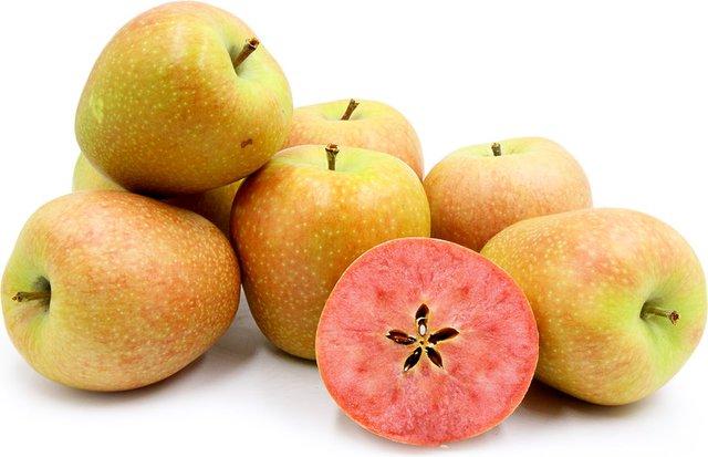 Nhiều người dân ở khu vực trồng táo lõi hồng có tên Hidden Rose không ngần ngại chia sẻ: Nếu bạn đã ăn thử một lần thì sẽ không bao giờ có thể quên được mùi thơm cũng như hương vị của trái táo này.