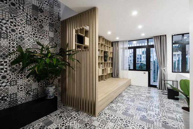 Cách sử dụng gạch để lát cả tường phá cách của các kiến trúc sư.