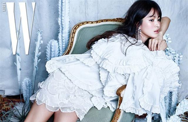 Bí quyết giữ dáng để luôn trẻ đẹp như gái đôi mươi của nữ thần hàng đầu châu Á Song Hye Kyo - Ảnh 12.
