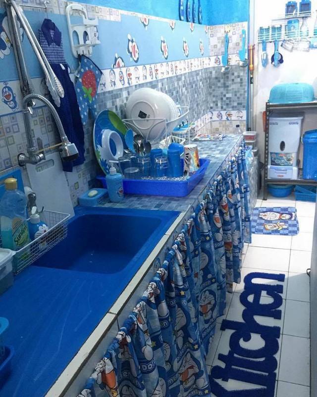 Bồn rửa cũng xanh.