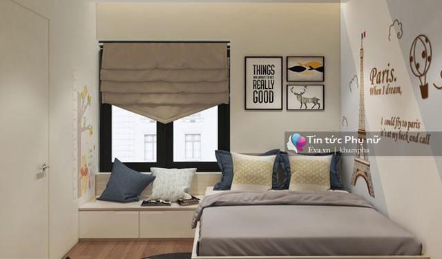 Phòng còn được thiết kế thêm một góc sáng sủa cạnh cửa sổ để các con có thể ngồi đọc sách, phát huy tính sáng tạo.