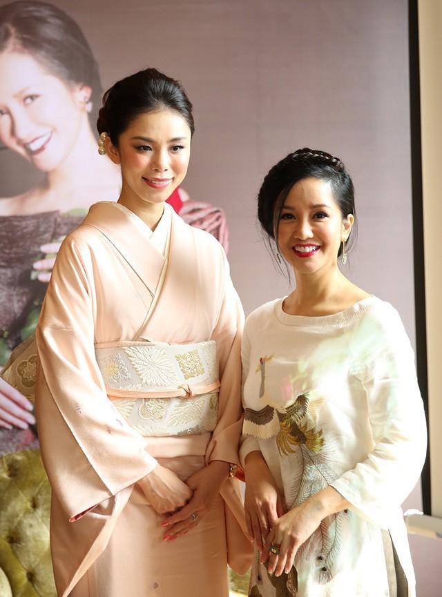 Hoa hậu Riyo Mori nhận lời mời sang Việt Nam qua một thương hiệu hợp tác với Hồng Nhung trong dự án mới.