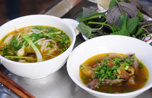 Vị cay cay, mùi đặc trưng, cách nêm nếm đậm dà, thiên vị cay của các đầu bếp Sài Gòn khiến món ăn giàu dinh dưỡng càng trở nên hấp dẫn hơn.           Theo Ngôi sao
