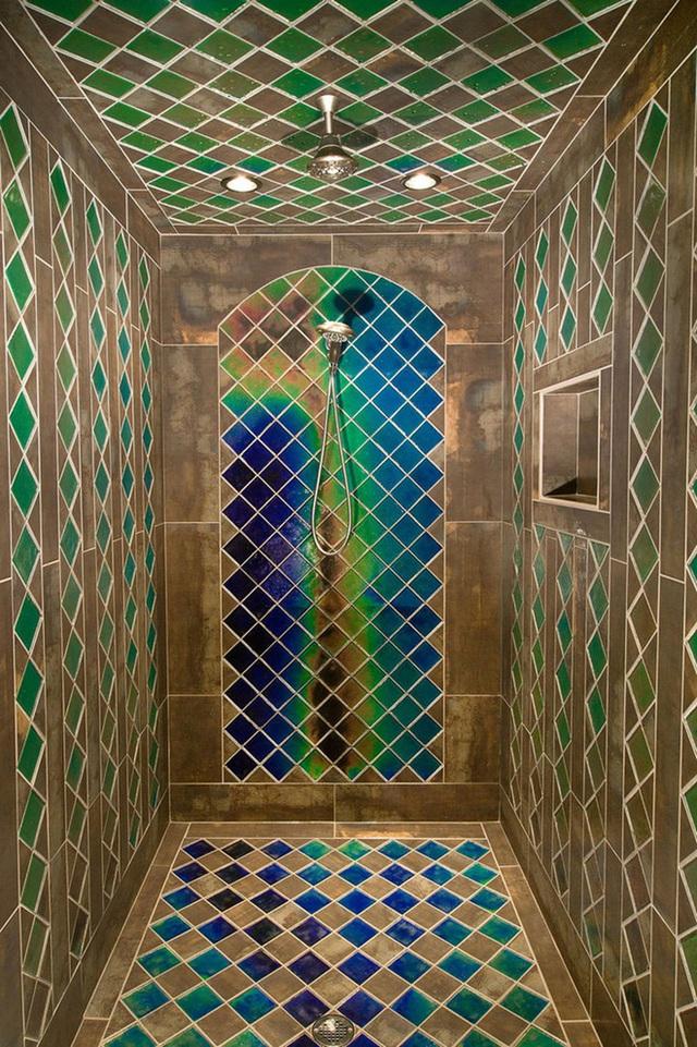 Chỉ sử dụng một khoảng tường nhỏ để kết hợp màu sắc tương phản là đủ để tạo nên sự hài hòa, nhịp nhàng cho không gian.