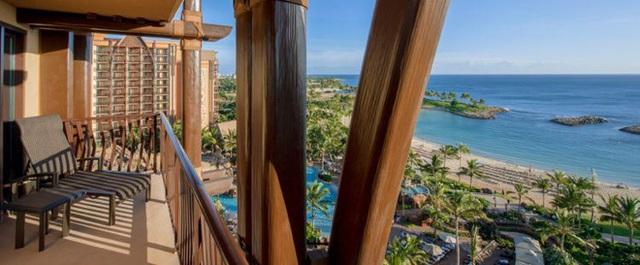 16. Hãy chiêm ngưỡng biển Thái Bình Dương, bãi biển Ko Olina và thung lũng Waikolohe từ ban công Grand Villas (Hawaii, Mỹ).